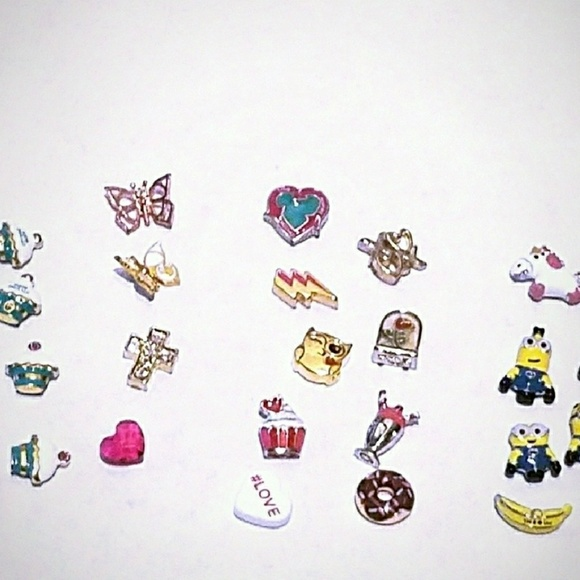 Origami Owl Jewelry Hold Origami Charms Krissi Poshmark
